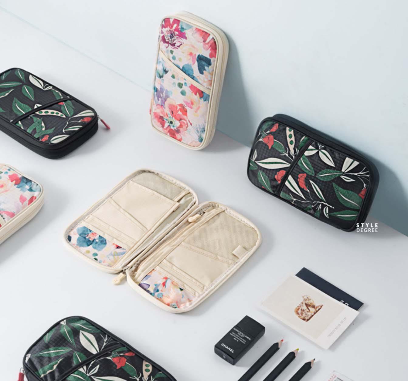 0f36acaa48c4 Le Fleur Passport Organizer | Beautifully Organized | Style Degree