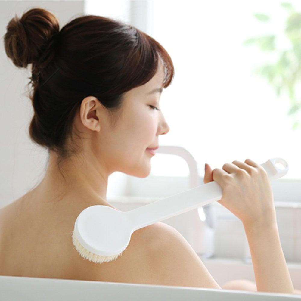 relax bath scrub sponge bathing toilet