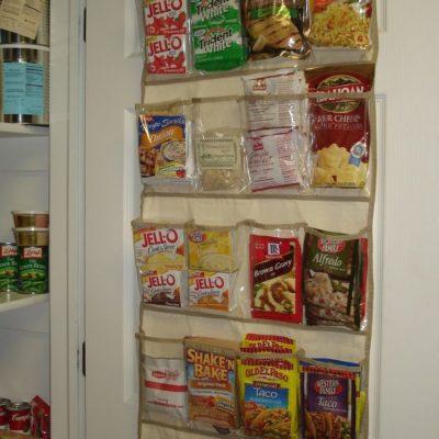 Store pantry food in hanging organizer, pantry organization hacks. home storage hacks, genius home organization hacks, Style Degree, Singapore, SG, StyleMag.