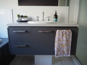 hanging towels in bathroom, where to hang towels, towel rack ideas for small bathrooms, Style Degree, Singapore, SG, StyleMag.
