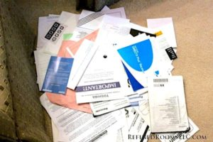 how to organize paper clutter, how to organize manuals and warranties, how to declutter papers, Style Degree, Singapore, SG, StyleMag.