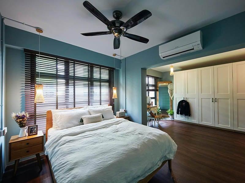 14 Best Small Master Bedroom Design Ideas For Maximising ...