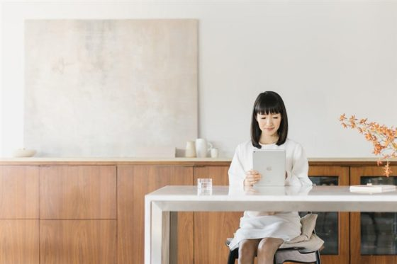 Marie Kondo's Best Tips On Creating A Productive WFH Workspace