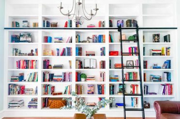 A 3-Step Guide To Organizing & Styling Your Bookshelves