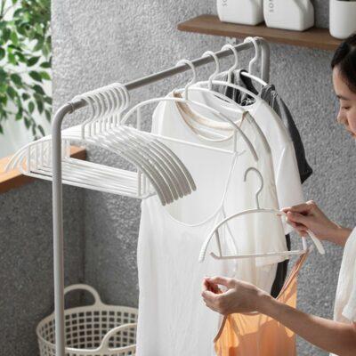 Basic Non-Damaging Clothes Hanger (3pc set) Wardrobe Closet Organizer Storage Hang Style Degree Sg Singapore