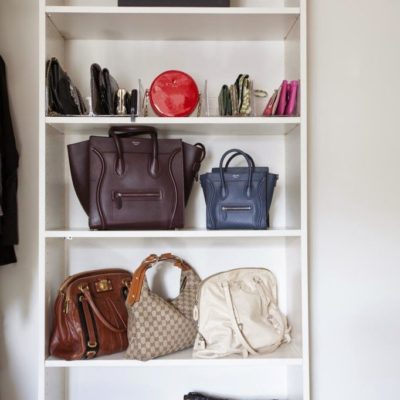 Arranging bags on bookshelf, how to store bags on shelf, bag storage ideas for small spaces, bag organization ideas, Style Degree, Singapore, SG, StyleMag.