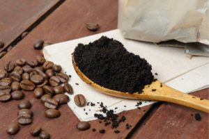 Reuse coffee grounds to absorb odour, how to remove new furniture smell, how to get rid of bad home odours, Style Degree, Singapore, SG, StyleMag.