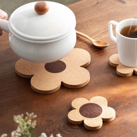Petals Table Coaster (With Hanging Loop)