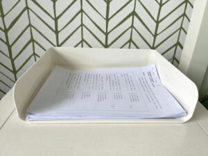 Keep papers in a document tray, Sort papers in a document tray, Style Degree, Singapore, SG, StyleMag.